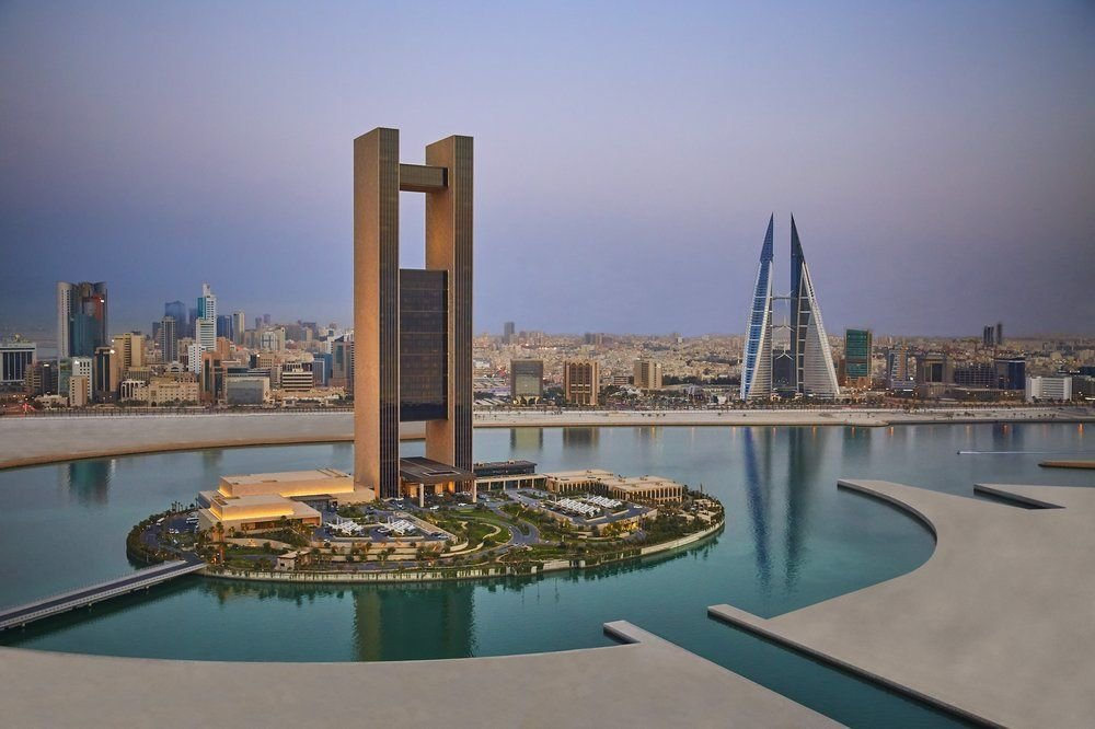 bahrain bay essay Bahrain bay, bahrain bay, capital governorate bahrain is comprised of more than 30 islands in the arabian gulf and its capital, manama is fast becoming the place to be for modern, cosmopolitan.