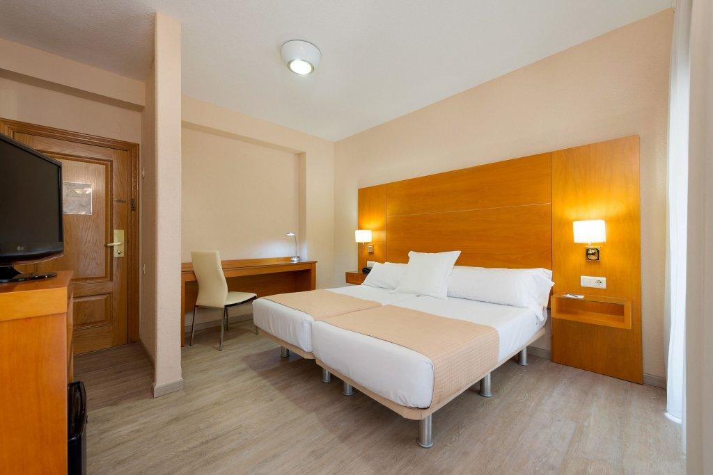 Отель в испании аликанте