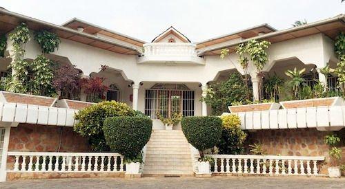 Отель Kiriri Residence Hôtel в Буджумбуре