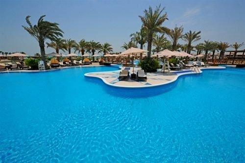 Отель Al Bander Hotel & Resort в Ситре