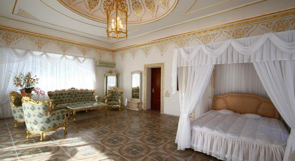 VIP villas in Savona on 1 line in oriental style