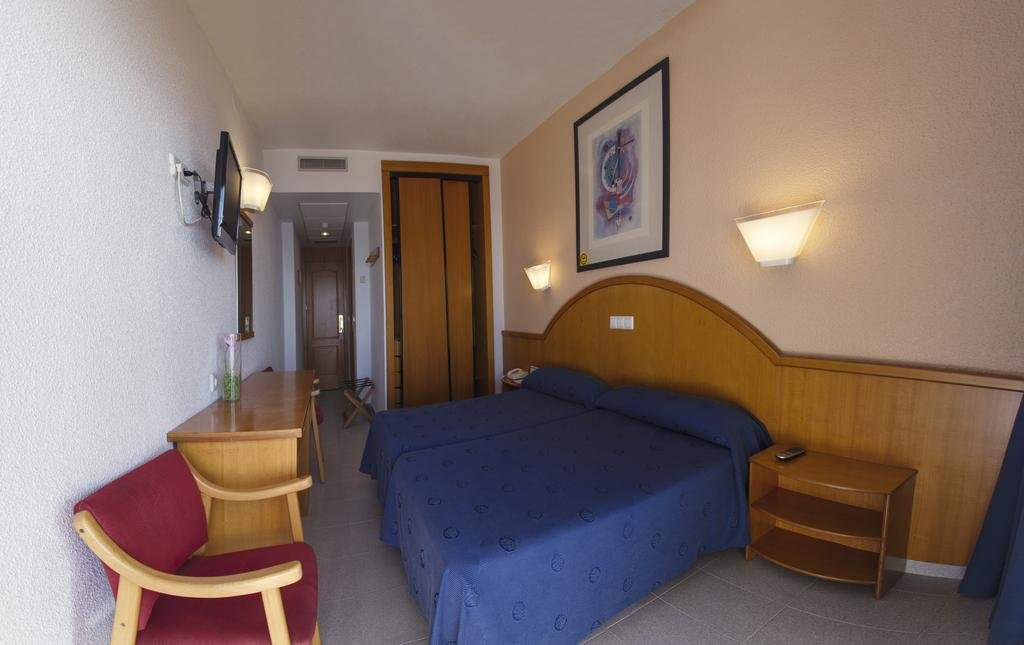 Hotel poseidon playa бенидорм