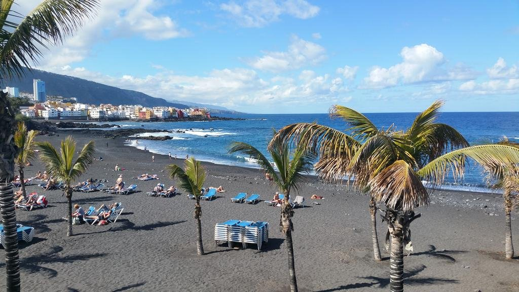 puerto de la cruz black dating site Playa jardin, puerto de la cruz: address, playa jardin reviews: 4/5 europe  spain  canary  lovely beach , with loo`s , changing rooms and cafes free car parking near by  some people may be put off by the black sand , but that `s what you get in tenerife thank jjsriley  is playa jardin beach close to the centre of playa de la cruz.