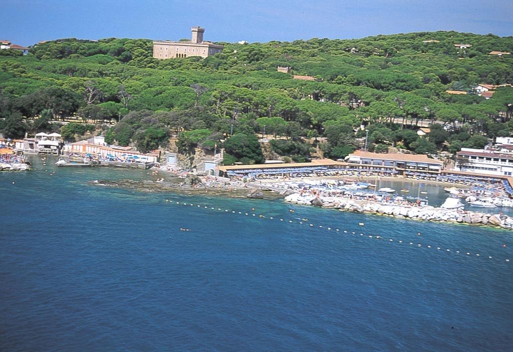 услуги какой песок на пляжах кастильончелло италия фото крупного бизнеса