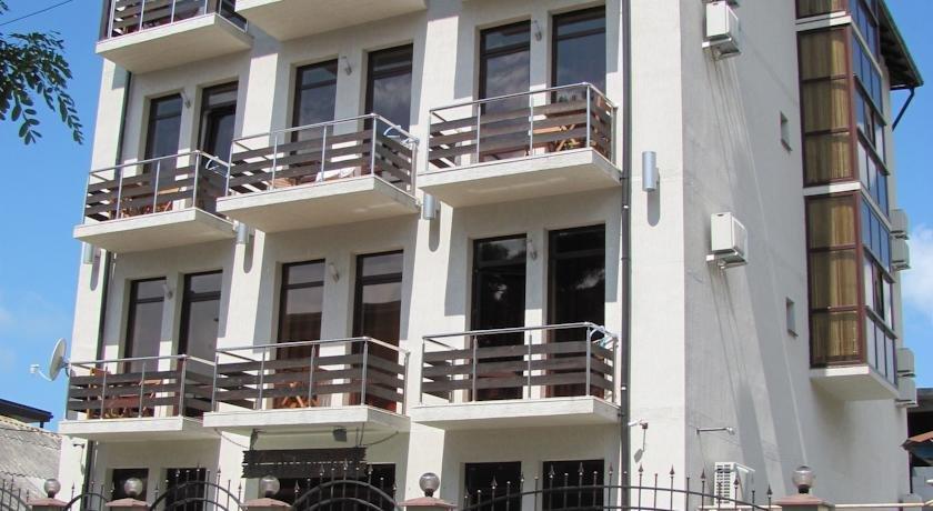Santorini Guest House