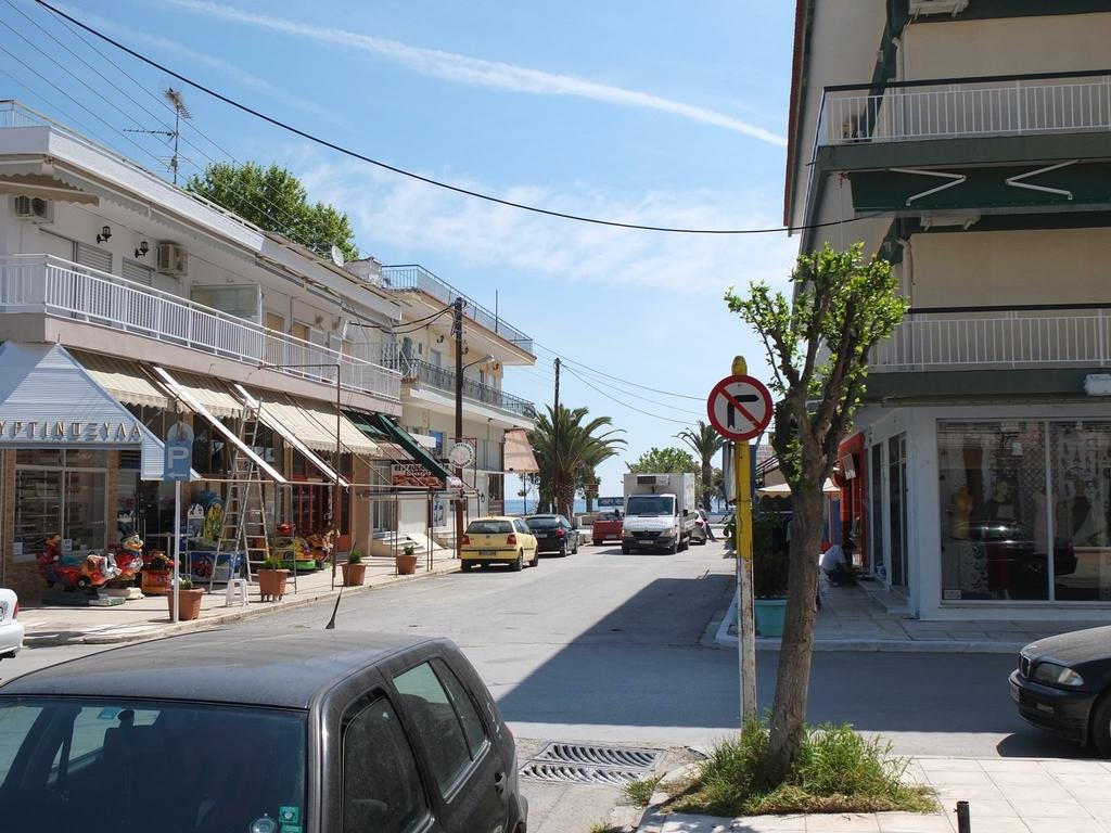 agios nikolaos asian singles Located on the coastal line of agios nikolaos, coral offers you unlimited view of the cretan sea and an easy access to the blue flag awarded beach of the town our family ran hotel is your ideal choice for an authentic feeling of the cretan summer.