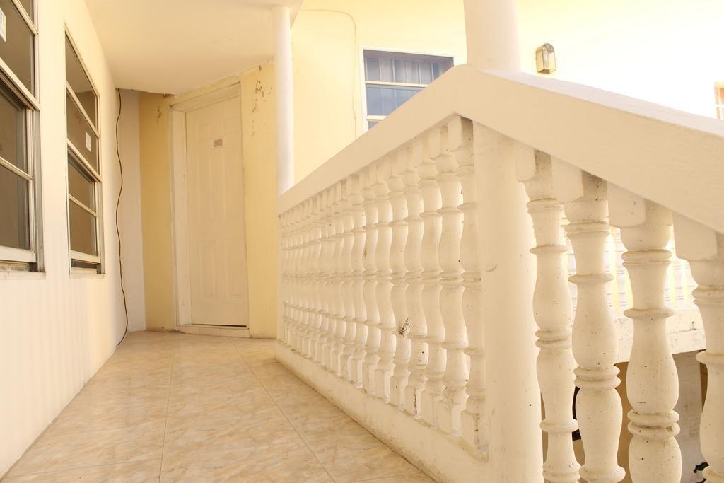 Отель Mady's Villa Hotel в Лабади