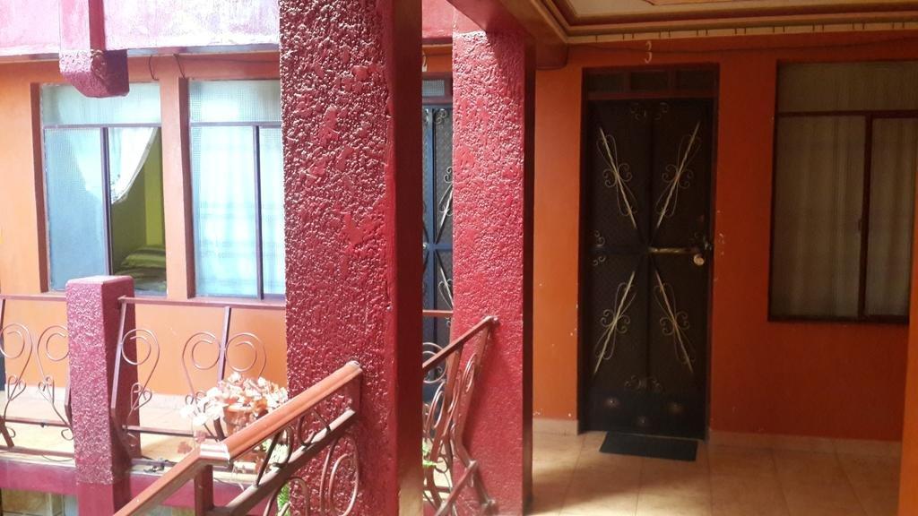 Отель Residencial La Cabaña в Уюнях