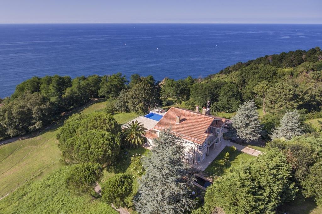 Купить дом в испании в сан себастьян