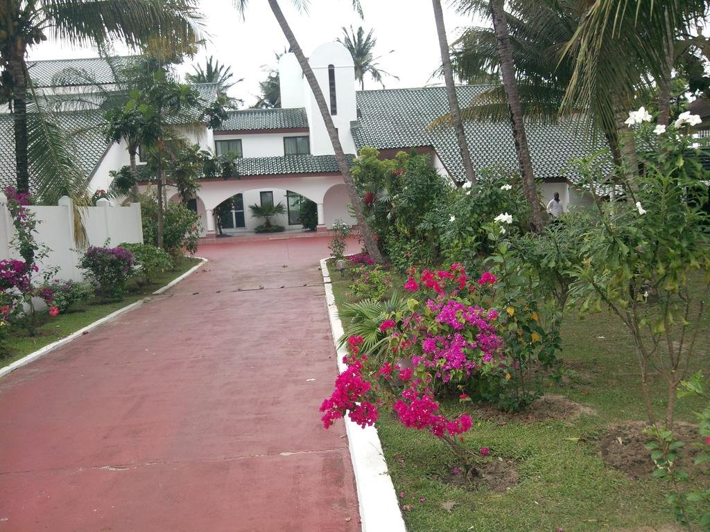 Отель Residence Oceane в Либревиле
