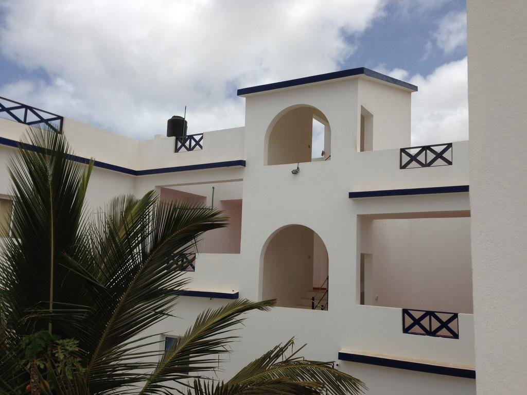 vila do porto divorced singles dating site Location the house is located in fonte do jordão, in the parish of santo espírito at approximately 5 km from maia, 9 km from praia formosa and 12 km from vila do porto it was our first experience with air'b'n'b, and it was a full success.