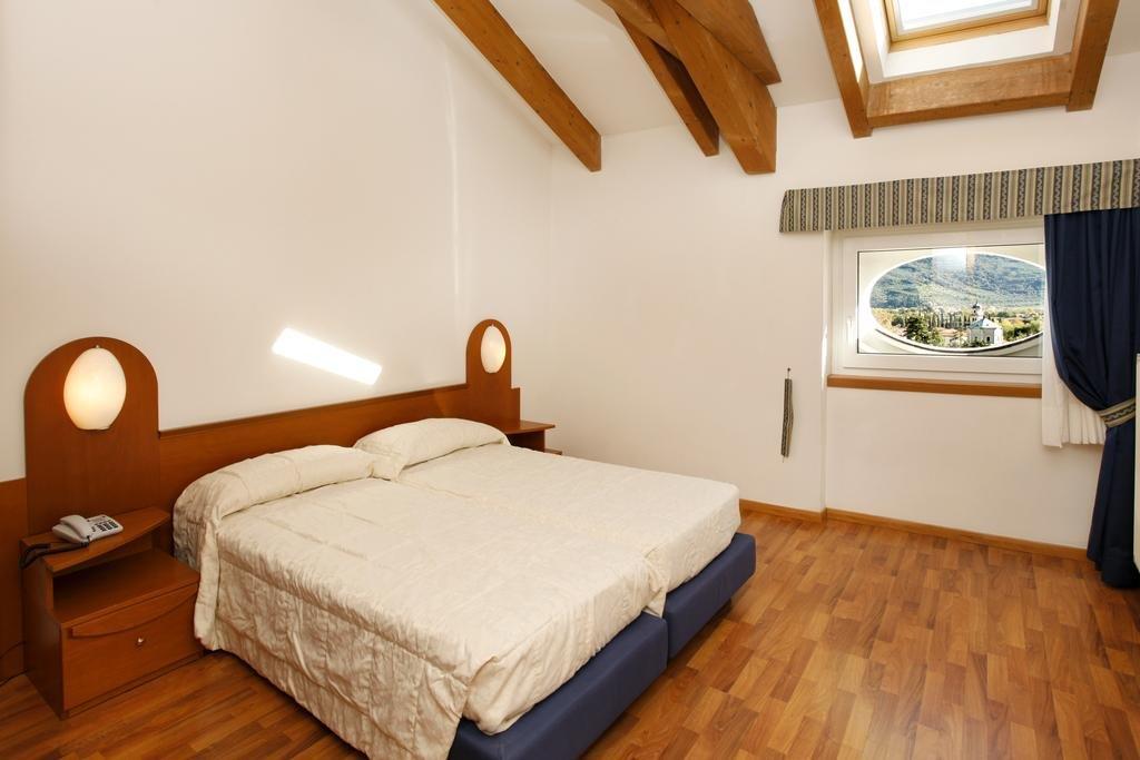 Cheap apartments in Lake Garda from banks