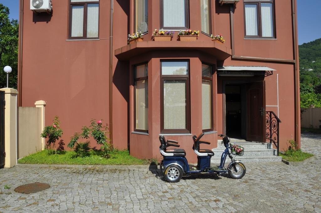 Housing Venice seashore