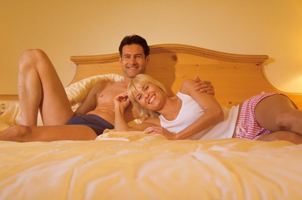 очень оживлённый домашние забавы в постели ххх ролики