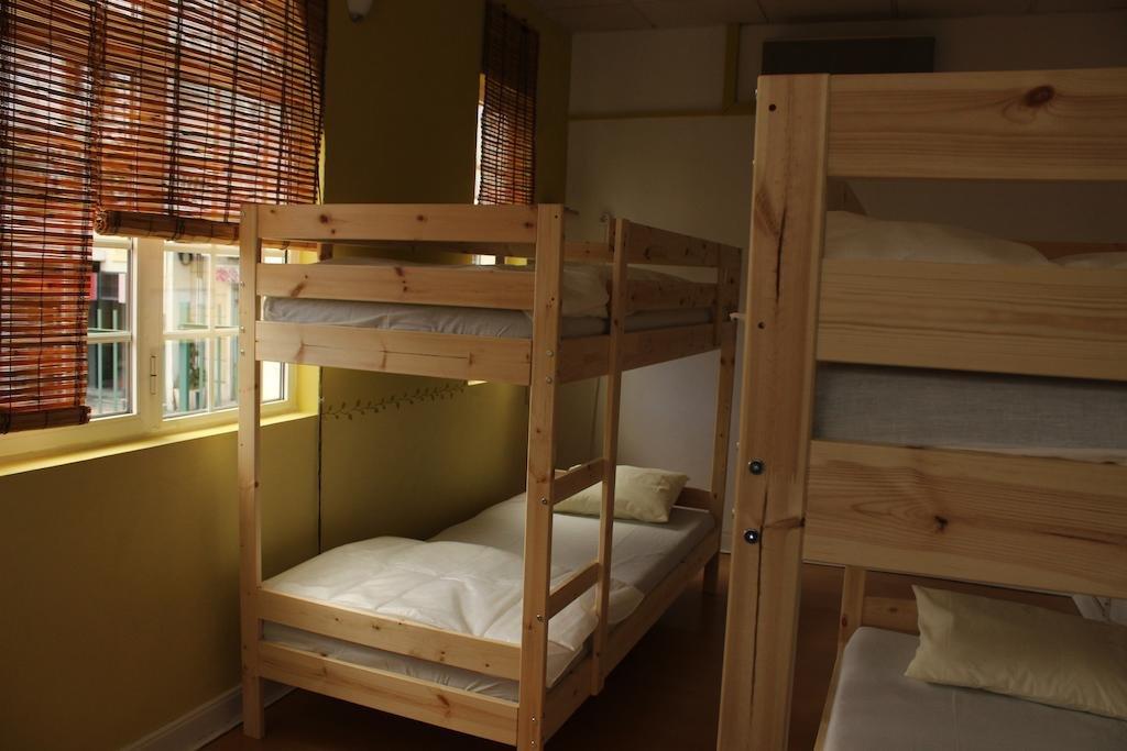 Le Penguin Hostel