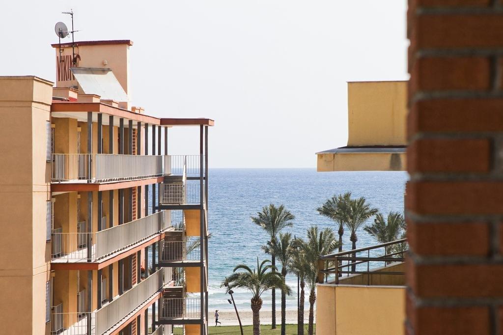 Бронирование апартаментов испания
