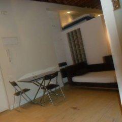 Отель Apartamentos del Prado Испания, Мадрид - отзывы, цены и фото номеров - забронировать отель Apartamentos del Prado онлайн балкон
