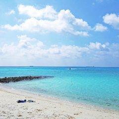 Отель Casadana Thulusdhoo Остров Гасфинолу пляж