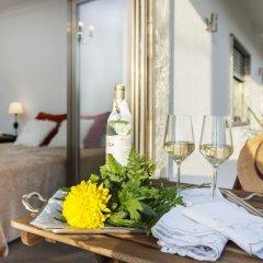 Отель Beachouse - Surf, Bed & Breakfast интерьер отеля