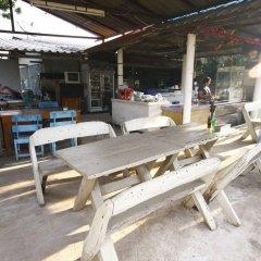 Отель Baan Plasai Koh Larn бассейн