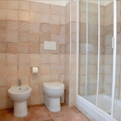 Отель Casale Del Gelso Дженцано-ди-Рома ванная фото 2