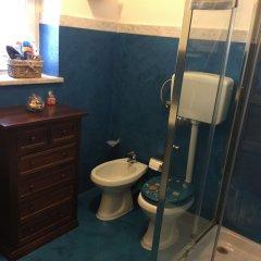 Отель B&B Villa Prisiclla Италия, Чинизи - отзывы, цены и фото номеров - забронировать отель B&B Villa Prisiclla онлайн ванная фото 2