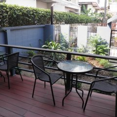 Отель Maneeya Park Residence Бангкок балкон