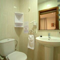 Отель Artistic Hostel BCN Испания, Барселона - отзывы, цены и фото номеров - забронировать отель Artistic Hostel BCN онлайн ванная