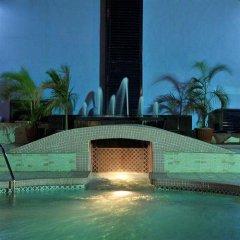 BON Hotel Delta бассейн