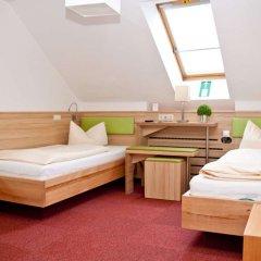 Отель Zur Post Германия, Исманинг - отзывы, цены и фото номеров - забронировать отель Zur Post онлайн комната для гостей фото 3