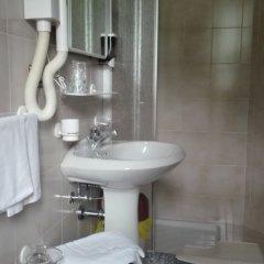 Hotel Davost Форни-ди-Сопра ванная фото 2