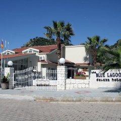 The Blue Lagoon Deluxe Hotel пляж