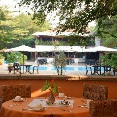 Hotel Club Du Lac Tanganyika гостиничный бар