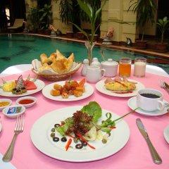 Majestic Oriental Hotel питание фото 2