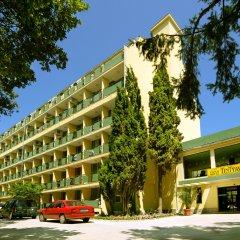 Отель Tintyava Park Hotel Болгария, Золотые пески - отзывы, цены и фото номеров - забронировать отель Tintyava Park Hotel онлайн парковка