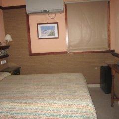 Отель Hostal La Conilena комната для гостей