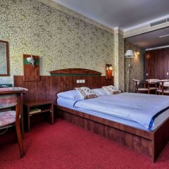 Hotel Babylon Либерец сейф в номере