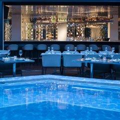 Sir Joan Hotel бассейн