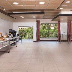 Отель The Level at Melia Castilla