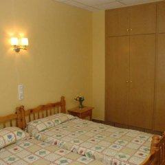 Отель Apartamentos Famara Испания, Льорет-де-Мар - отзывы, цены и фото номеров - забронировать отель Apartamentos Famara онлайн комната для гостей фото 5