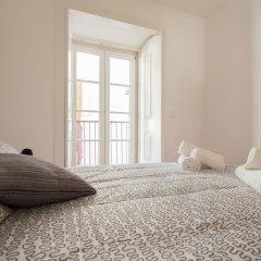 Отель Alfama Best Terrace & View Gonzalos Home комната для гостей