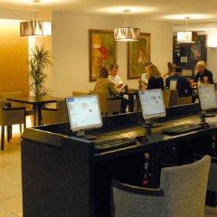 Отель Beach Club Font de Sa Cala интерьер отеля фото 3