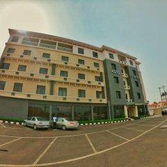 Отель Adig Suites Нигерия, Энугу - отзывы, цены и фото номеров - забронировать отель Adig Suites онлайн парковка