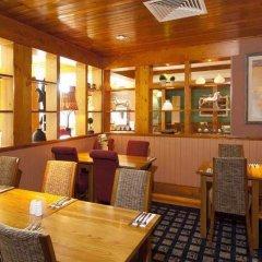 Отель Premier Inn York - Blossom St South гостиничный бар