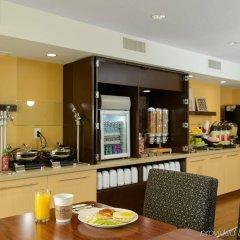Отель Towneplace Suites Baltimore Fort Meade Аннаполис-Джанкшн питание