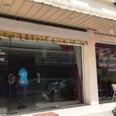 Отель Sultan Royal Bombay банкомат