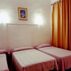 Отель Pensión Berti Madrid Испания, Мадрид - отзывы, цены и фото номеров - забронировать отель Pensión Berti Madrid онлайн комната для гостей фото 5