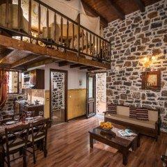 Отель Balsamico Traditional Suites Греция, Херсониссос - отзывы, цены и фото номеров - забронировать отель Balsamico Traditional Suites онлайн комната для гостей фото 4