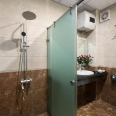 Отель Asia House Hotel Вьетнам, Ханой - отзывы, цены и фото номеров - забронировать отель Asia House Hotel онлайн ванная фото 2