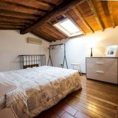 Отель Florentapartments - Santa Croce Флоренция сейф в номере